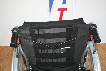 Leichtgewichtrollstuhl Handicare Exigo 10 Sitzbreite 45 cm