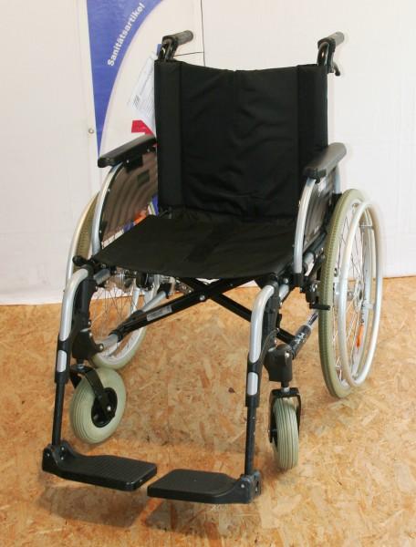 Leichtgewicht Faltrollstuhl Otto Bock M2