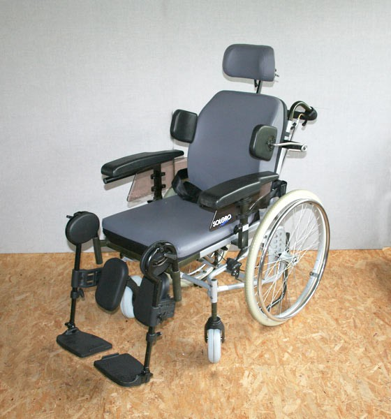 rollstuhl pflegerollstuhl ortopedia solero neuwertig. Black Bedroom Furniture Sets. Home Design Ideas
