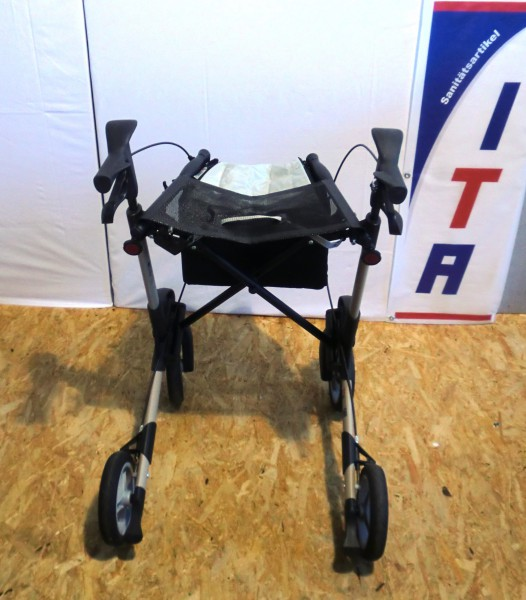 rollator gehwagen gehhilfe walker rollatoren. Black Bedroom Furniture Sets. Home Design Ideas