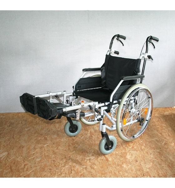 rollstuhl faltrollstuhl bischoff bischoff sitzbreite 45cm. Black Bedroom Furniture Sets. Home Design Ideas