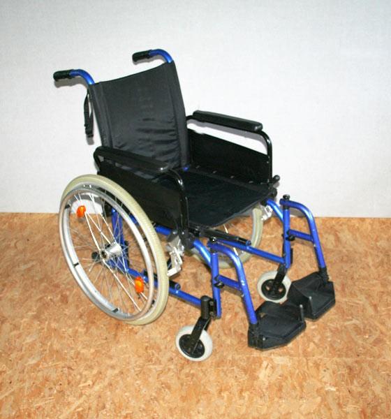 rollstuhl faltrollstuhl bischoff bischoff sitzbreite 42cm. Black Bedroom Furniture Sets. Home Design Ideas
