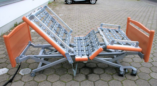 Pflegebett Völker 5381 Sonde mit Trendelenburgstellung / Vorführmodell