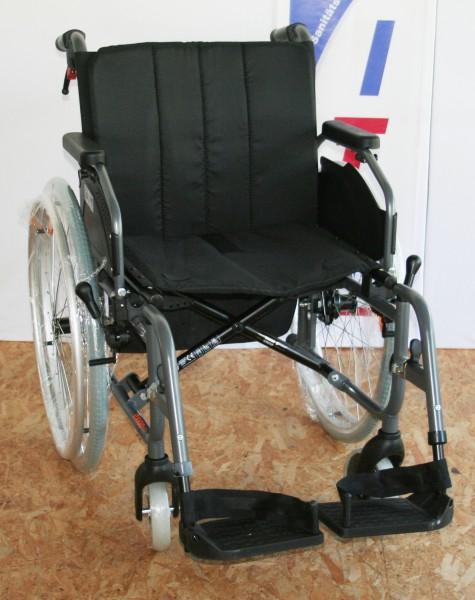 Leichtgewichtrollstuhl Handicare Exigo 10 Sitzbreite 42 cm