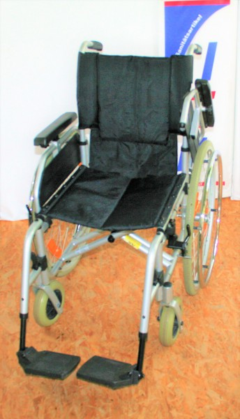 Faltrollstuhl Trendmobil SB 42/ Steckachsen