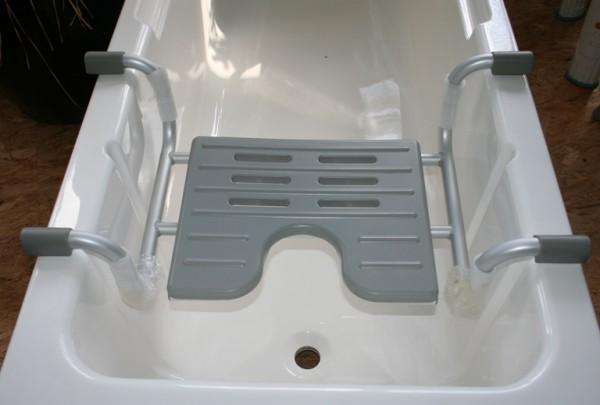 Badewanneneinhängesitz mit Hygiene - Ausschnitt