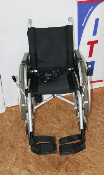 Rollstuhl / Faltrollstuhl / Bischoff & Bischoff Pyro Start Plus / SB 37 cm