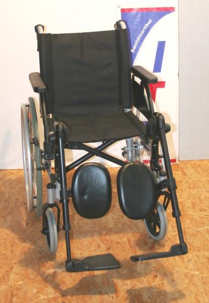 Faltrollstuhl Medical Sunrise SB 43cm winkelverstellbare Fußstützen