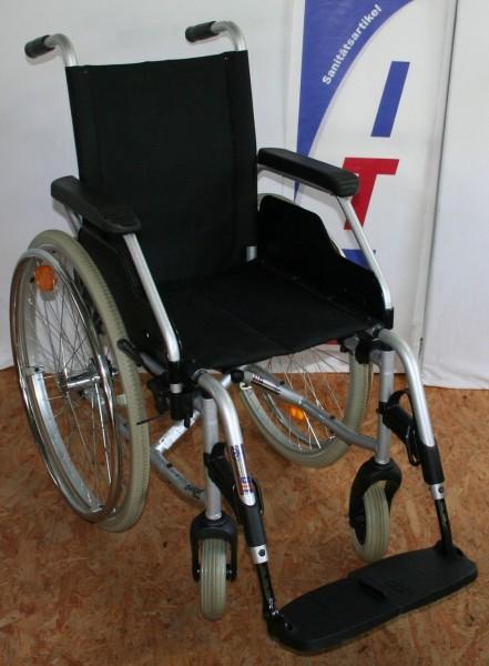 Faltrollstuhl Meyra Ortopedia mit Kippstütze SB 39 cm