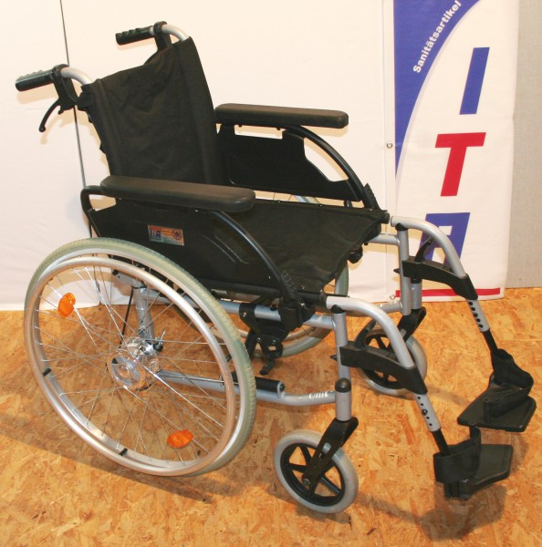 Rollstuhl Faltrollstuhl Sunrise Medical S-Top sitzbreite 38 cm